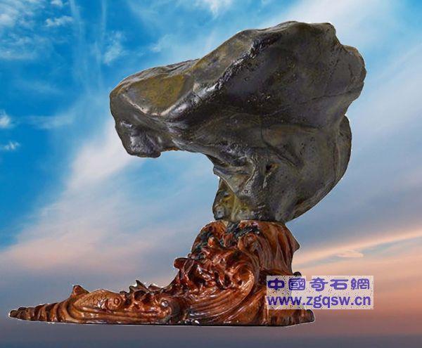 上帝杰作——《中国足迹,中国神鹰》礼赞天安门的红色文化
