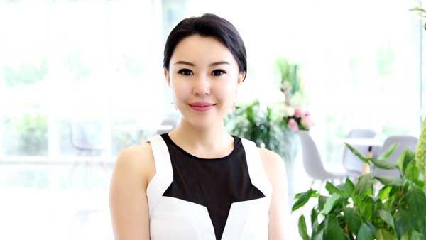 首页 新闻 要闻 > 内容  瑞思德健丽汇董事长—陈梦女士接受爱心